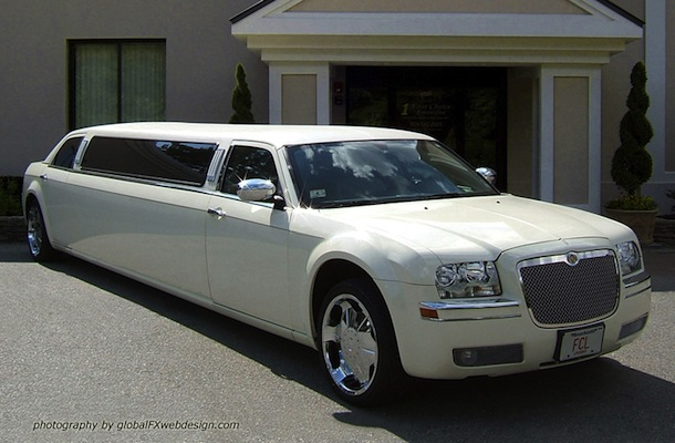 Chrysler 300 - 10 Passenger Limousine for Weddings and Proms in Worcester/Boston MA