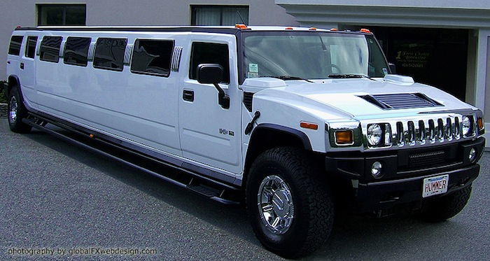 Hummer Stretch Limo for up to 20 Passengers in Worcrester/Boston, Massachusetts.